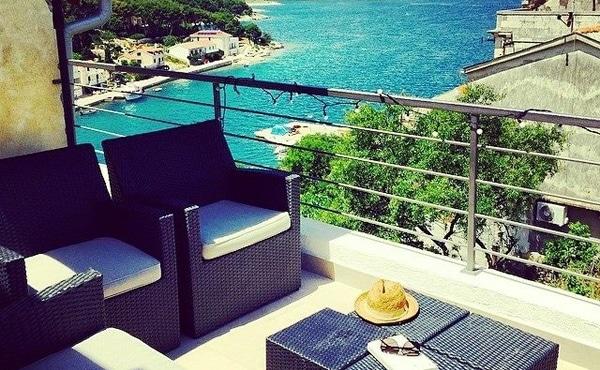 Acheter une maison en croatie ile de bra split en for Acheter une maison en croatie