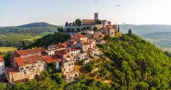 Les villages perchés
